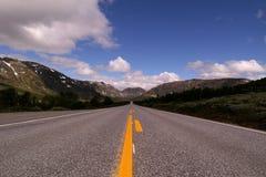 Camino recto largo Fotografía de archivo libre de regalías