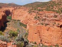 Camino salvaje en el país Utah del filón del capitolio imagen de archivo