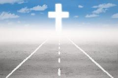 Camino santo a la cruz Foto de archivo libre de regalías