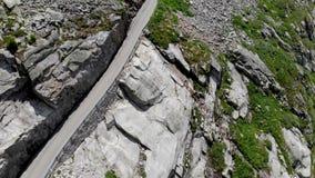 Camino 3 scenary vacíos de la montaña de las montañas almacen de video