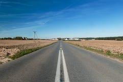 Camino sobre horizonte Fotografía de archivo libre de regalías