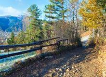 Camino sucio del país del otoño Imagen de archivo libre de regalías