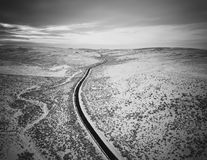 Camino a través de las colinas Foto de archivo libre de regalías