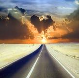 Camino a través del desierto Imagen de archivo