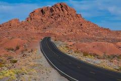 Camino a través del valle del fuego, nanovoltio Fotografía de archivo libre de regalías