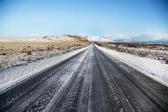 Camino vacío de la nieve en el EL Calafate, Patagonia Fotografía de archivo