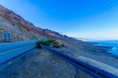 Camino 90, y paisaje del mar muerto imágenes de archivo libres de regalías
