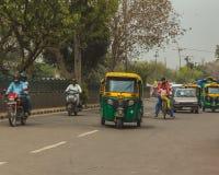 Caminos de Delhi, la India Imagenes de archivo