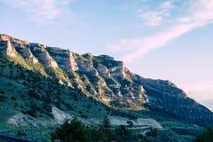 Caminos de la montaña de la bobina Imagenes de archivo