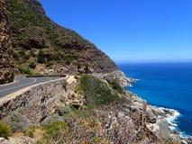 Caminos del mundo: Ruta costera de Cape Town Fotos de archivo libres de regalías
