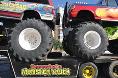Camion 4x4 del mostro Immagini Stock