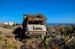 Camion abandonné rouillé Image libre de droits