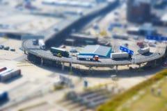 Camion ad un porto marittimo Fotografia Stock Libera da Diritti