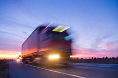 Camion al tramonto Fotografie Stock Libere da Diritti