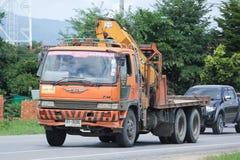 Camion avec la grue du béton de Doisaket Images libres de droits