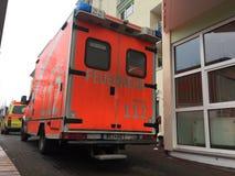 Camion berlinois de corps de sapeurs-pompiers de Feuerwehr photos libres de droits