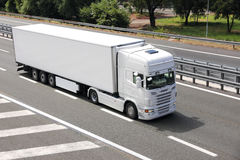 Camion bianco in bianco Immagine Stock