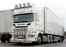 Camion blanc de Scania Image stock