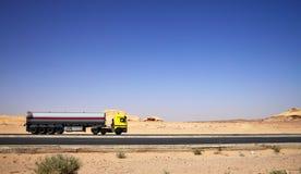 Camion-citerne aspirateur Photos libres de droits
