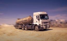 Camion-citerne aspirateur Photographie stock