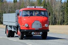 Camion classique rare de Wilke sur la route Photos stock