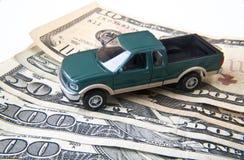 Camion con soldi Fotografia Stock Libera da Diritti