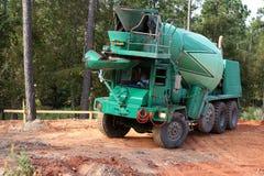 Camion concreto Immagini Stock Libere da Diritti