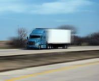 Camion d'accelerazione sulla strada principale Immagine Stock Libera da Diritti