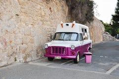 Camion d'annata del gelato Immagine Stock
