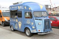 Camion d'annata dell'alimento di Citroen fotografie stock