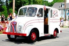 Camion de distribution de lait de cru de laiterie de Munroe photos libres de droits