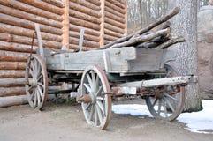 Vieux chariot en bois Photo libre de droits
