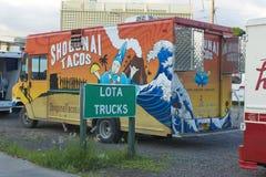 Camion de nourriture images stock