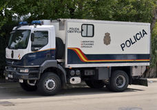 Camion de police espagnole de peloton de crime de scientifique Photos libres de droits