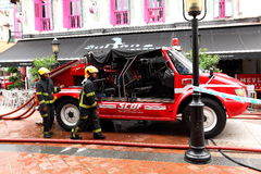 Camion de pompiers de Singapour de service des urgences Photographie stock libre de droits