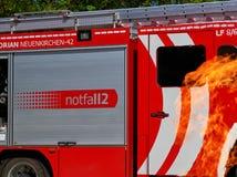 Camion de pompiers en danger Photographie stock