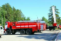 Camion de pompiers, transport pour éliminer le feu Images libres de droits