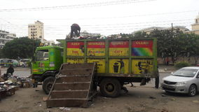 Camion de récupération de place à MOMBASA KENYA Photo libre de droits