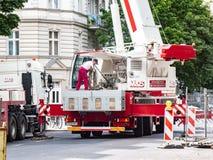 Camion de service de grue photos libres de droits