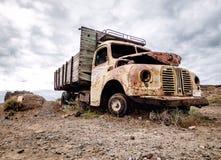 Camion dehors photos libres de droits