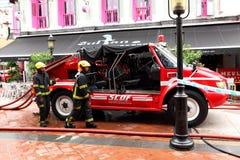 Camion dei vigili del fuoco di Singapore di servizio di soccorso Fotografia Stock Libera da Diritti