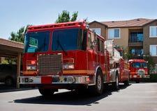 Camion dei vigili del fuoco e motore Fotografia Stock Libera da Diritti