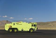 Camion dei vigili del fuoco giallo Immagine Stock Libera da Diritti