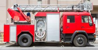 Camion dei vigili del fuoco su sbalzo Illustrazione Vettoriale