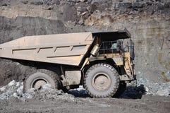 Camion del carbone Immagini Stock