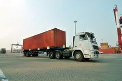 Camion del contenitore fotografia stock libera da diritti
