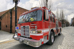 Camion del motore di salvataggio e del fuoco immagine stock