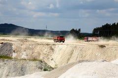 Camion del trasporto con il corpo dello scarico Fotografia Stock