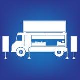 Camion dell'alimento nel colore bianco su fondo blu Fotografia Stock