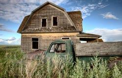 Camion dell'azienda agricola dell'annata Fotografie Stock